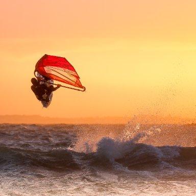 """Windsurfing at Bassin D'Arcachon (beatversion/Geoffrey Johnson)"""