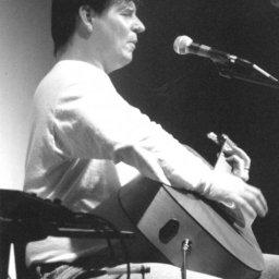 Val Davis - live in concert